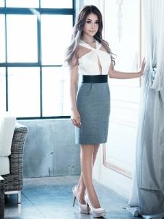 Twisted front crepe dress -ツイストフロントクレープドレス-