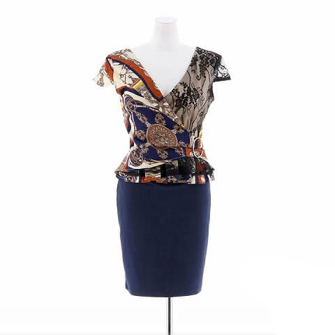 [2ピース][SMLサイズ]スカーフ柄ペプラムタイトミニドレス[3サイズ展開](ベージュ×ネイビー-S)