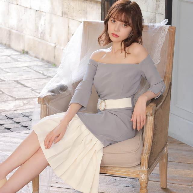 プリーツデザインオフショルタイト膝丈ドレス