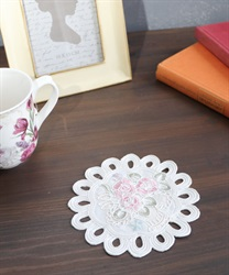 【GWフェア/10%OFF対象】花かご刺繍コースター