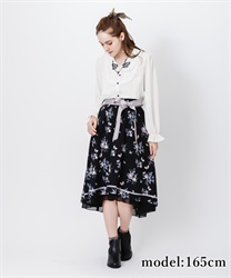 □【GWフェア/10%OFF対象】パピヨンフルールプリントスカート【Web限定商品】(黒-M)