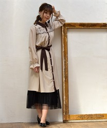 【OUTLET】ヨークバラ刺繍ワンピース(ベージュ-M)