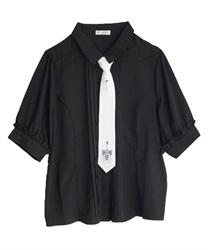 刺繍ネクタイ付ブラウス(黒-M)