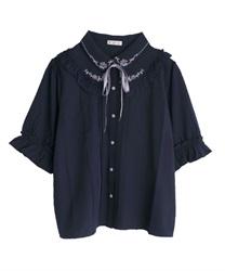 花刺繍ヨークフリル半袖ブラウス(紺-M)