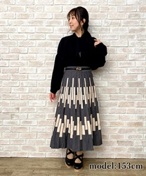 【10%OFF対象】幾何柄プリーツニットスカート