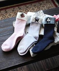 【均一価格/WEB限定】ローズ刺繍ルームソックス