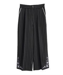 裾刺繍ストライプワイドパンツ(黒-M)