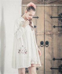 バラ刺繍ロングニットカーデ