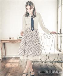 小花×ダイヤ柄フリルスカート